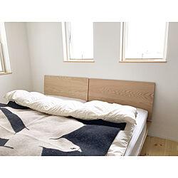 ベッド周り/寝室/窓/2階/壁紙...などのインテリア実例 - 2017-11-18 00:25:05