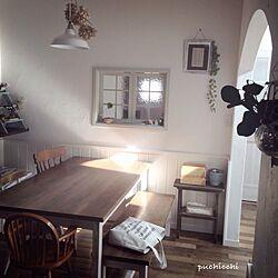 部屋全体/腰板/塗り壁/サイドテーブルDIY/いなざうるす屋さん...などのインテリア実例 - 2015-05-01 17:19:14
