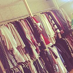 大量の洋服たち/ディアウォール/2x4/コートハンガー/部屋全体のインテリア実例 - 2020-10-25 14:14:39