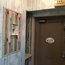 玄関/入り口/壁紙DIY/壁紙/DIY女子/カフェ風...などのインテリア実例 - 2018-06-09 03:18:24