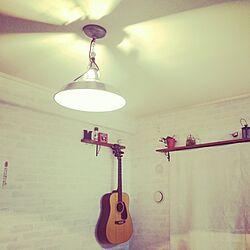 壁/天井/ギター/ハンドメイド/棚受け/ペイント...などのインテリア実例 - 2014-03-17 18:05:47