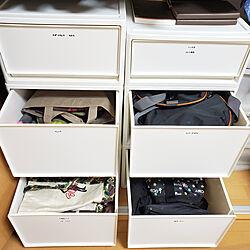 ベッド周り/山善/中が透けない収納ボックス/クローゼット収納/カバン収納...などのインテリア実例 - 2019-11-27 14:32:12