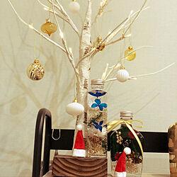 リビング/ブランチツリー/ニトリ/水色の壁紙/クリスマスツリー...などのインテリア実例 - 2018-12-22 10:43:28