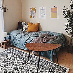 ベッド周り/ポスターのある部屋/ベッドカバー/ペルシャ絨毯風/ブランケット...などのインテリア実例 - 2019-01-23 15:55:42