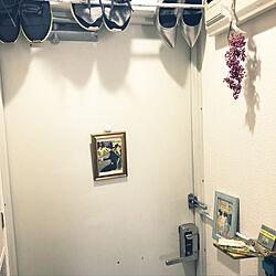 玄関/入り口/ロートレック/玄関/つっぱり棒/6畳...などのインテリア実例 - 2018-08-23 12:26:57