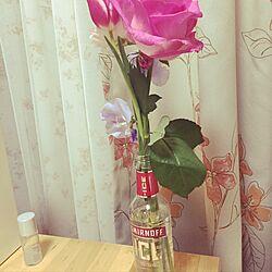机/お酒の瓶/#7畳/一人暮らし/花瓶のインテリア実例 - 2017-01-25 00:55:33