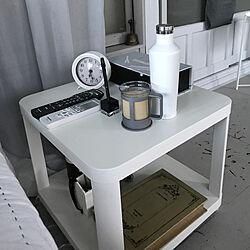 棚/リモコン置き場/ベッドサイドテーブル/8/11/2018☀/IKEAサイドテーブル...などのインテリア実例 - 2018-08-12 06:41:05