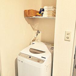 バス/トイレ/ホワイトナチュラル/つっぱり棒収納/洗濯機上の棚/洗濯機周り...などのインテリア実例 - 2018-06-11 22:59:28