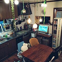 キッチン/生活感のある家/いいね!コメントありがとうございます☆/いいね、お返しができなくてごめんなさい。/吊り下げ照明...などのインテリア実例 - 2020-05-26 18:14:12