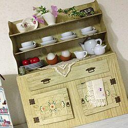 棚/アンティーク/IKEA/Tin缶/おもちゃのカップボード...などのインテリア実例 - 2013-05-12 20:33:04