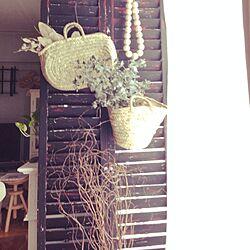 壁/天井/ペイントしたルーバー/籠バッグ/ドライフラワー/ウッドビーズの飾りのインテリア実例 - 2014-07-29 12:34:14