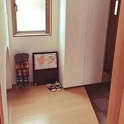 玄関/入り口/階段下スペース/シンプル/窓でかいよ/玄関ホールのインテリア実例 - 2017-01-31 15:44:33