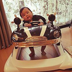 リビング/カーテン/赤ちゃんのいる暮らし/赤ちゃんのいる部屋/歩行器のインテリア実例 - 2016-01-28 14:38:00