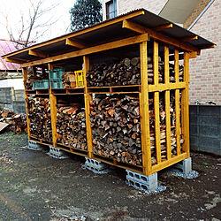 棚/薪棚DIY/紺色の家/DIY/薪...などのインテリア実例 - 2019-03-12 22:46:29