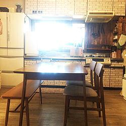 キッチン/ダイニングこたつ/換気扇をどうにかしたい/ガスコンロ/冷蔵庫...などのインテリア実例 - 2017-09-01 09:33:29