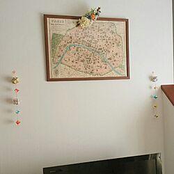 リビング/テレビの上の空間/パリの地図/ユニット折り紙/アートフラワーのインテリア実例 - 2014-10-16 11:30:28