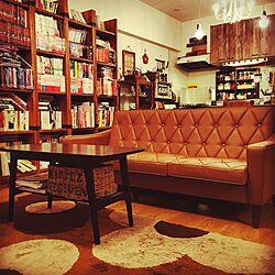 リビング/ブックカフェのようにしたい♡/大型本棚/ロビーチェア/カリモク...などのインテリア実例 - 2016-05-27 06:22:31