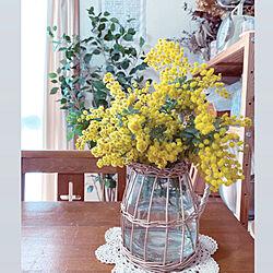 ニトリのフェイクグリーン/アンティークチャーチチェア/花のある暮らし/ガラスベース/ドライフラワーのある暮らし...などのインテリア実例 - 2021-03-01 17:45:52