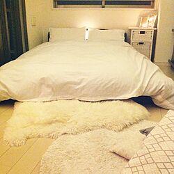 ベッド周り/白のチカラ/ムートン/IKEA/クッションカバー...などのインテリア実例 - 2017-01-12 22:39:04