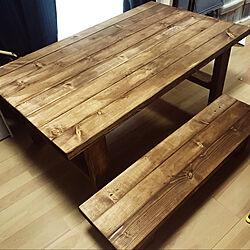 DIYテーブル/DIY机/オイルステイン/2×4材/2×4材でDIY...などのインテリア実例 - 2020-07-26 00:26:27