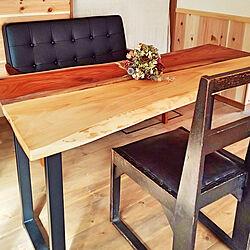 リビングテーブル/DIY/けやきの板/1ヶ月待ちのニトリのソファー/アンティークの椅子...などのインテリア実例 - 2019-11-24 12:41:56
