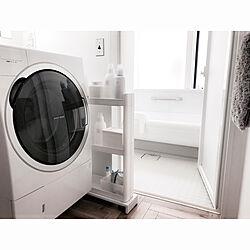 DIY/ヘリンボーンの床/脱衣所床/白黒グレー/洗剤ラック...などのインテリア実例 - 2019-05-24 12:47:42