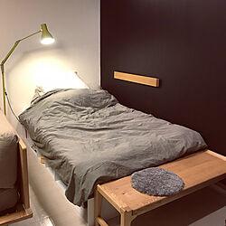 ベッド周り/ベンチ/長押/壁に付けられる家具/黒壁...などのインテリア実例 - 2018-10-08 22:12:11