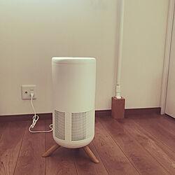 ベッド周り/コルクブロック/新商品買ったよ!/寝室で部屋干し/ニトリの空気清浄機のインテリア実例 - 2020-03-01 10:18:52
