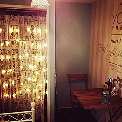 部屋全体/IKEAテーブルセット/アクセントウォール/ウォールステッカー/IKEA...などのインテリア実例 - 2014-09-23 23:09:34