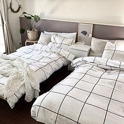 ベッドルーム/ベッド/寝室/モンステラ/H&M HOME...などのインテリア実例 - 2019-05-08 18:11:07