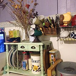 キッチン/IKEA/棚リメイクDIY/ドライフラワー/セリアのティッシュBOX...などのインテリア実例 - 2015-09-04 22:53:01