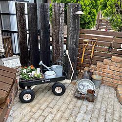 ガーデンカート/雑貨好き/ソーラーガーデンライト/外構デザイン/庭...などのインテリア実例 - 2021-05-16 21:28:05