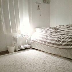ベッド周り/セリア/すのこ棚/スタンドライトのインテリア実例 - 2013-11-23 01:07:50