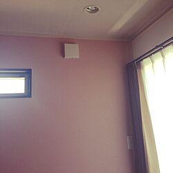 ベッド周り/色にこだわる/夫婦仲良好?/女子力UP/寝室の壁...などのインテリア実例 - 2015-06-07 11:15:55