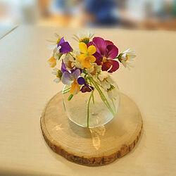 花びん/ビオラ/いつもありがとうございます♪/植物のある暮らし/ガーデニング...などのインテリア実例 - 2021-06-27 12:17:21