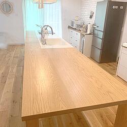 一枚板のダイニングテーブル/ニス塗り/ダイニングテーブル/フラットキッチン/無垢の床...などのインテリア実例 - 2020-07-06 21:35:58