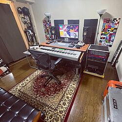 楽器のある部屋/ポスターのある部屋/サイドテーブルDIY/ポスター/ペルシャ絨毯風...などのインテリア実例 - 2021-04-29 17:45:45