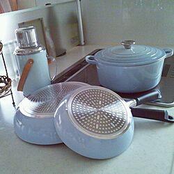 キッチン/水色大好き♡/フライパン/ルクルーゼ鍋/水筒...などのインテリア実例 - 2014-07-18 12:57:29