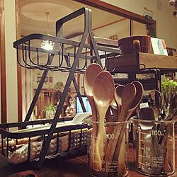 キッチン/Salyu! ワイヤーキッチンバスケット/Salyu!/セリア ビーカー/連投失礼いたしますぅ(*´艸`)...などのインテリア実例 - 2018-01-21 21:45:59