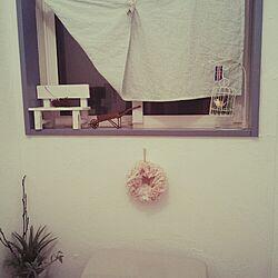 バス/トイレ/手作りカーテン。/窓枠DIYしたい。/ペパナプリース初心者/リースはボリューム派♡...などのインテリア実例 - 2015-01-13 23:41:22