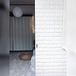 ベッド周り/賃貸インテリア/照明/100均/ベッドルーム...などのインテリア実例 - 2018-10-13 00:49:48