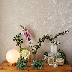 フラワーベース/白が好き♡/花/グリーン/花のある暮らし...などのインテリア実例 - 2020-04-14 21:00:19