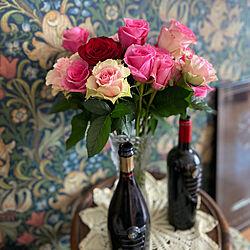 ワインボトル/クリスタルガラス/手作りレース/花のある暮らし/バラ...などのインテリア実例 - 2020-05-08 16:13:22