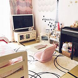ベッド周り/テレビボードもナフコ/ナフコのラグ/娘の部屋/ラグ...などのインテリア実例 - 2018-11-29 12:15:01