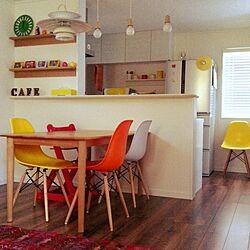 机/イームズ/暖色系が好き/ダイニングテーブル/無印良品 壁に付けられる家具...などのインテリア実例 - 2015-01-17 13:43:13