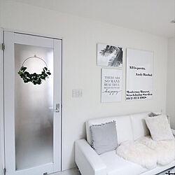 ソファ/リビング/IKEA/ポスター/白好き...などのインテリア実例 - 2019-06-12 08:56:26