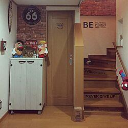 玄関/入り口/リメイクシート/Amazon/雑貨屋さんで買った物/セリア...などのインテリア実例 - 2017-02-07 22:14:03