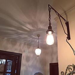 ペンダントライト/自分で塗った壁/珪藻土の塗り壁/ペンキを塗る/自分で塗った扉...などのインテリア実例 - 2019-03-24 07:24:38