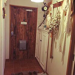 玄関/入り口/古材風/玄関ドア/DIY/壁紙屋本舗...などのインテリア実例 - 2015-04-28 12:34:04