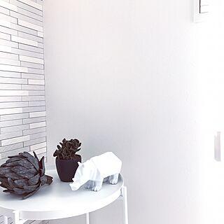 壁/天井/モノトーン好き/神保/ほぼ使わないスイッチ/IKEAの棚...などのインテリア実例 - 2017-06-01 11:40:43
